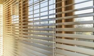 Tips-para-limpiar-persianas-venecianas-de-madera-2